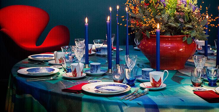 Weihnachtstassen und Untertassen Royal Copenhagen